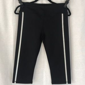 Fabletics Pants - Fabletics McKensie Crop